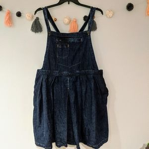 Asos denim overall dress size 18, has pockets!